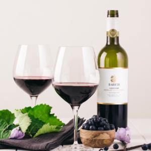 百碧祺经典系列梅洛赤霞珠混酿干型红葡萄酒
